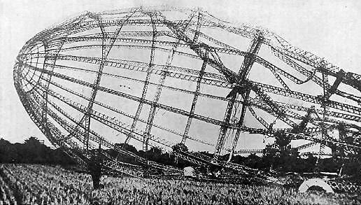 ツェッペリン飛行船