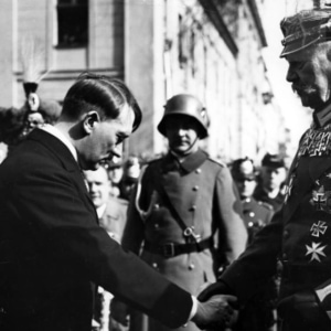 ヒトラーの功績