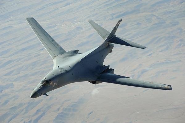 【死の白鳥】B-1B爆撃機について調べてみた