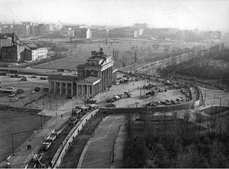 ベルリンの壁とは?