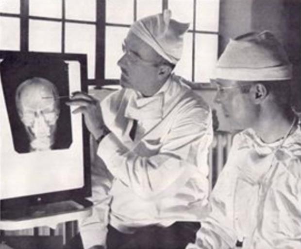 「ロボトミー手術」3400回行った医師フリーマンとは?