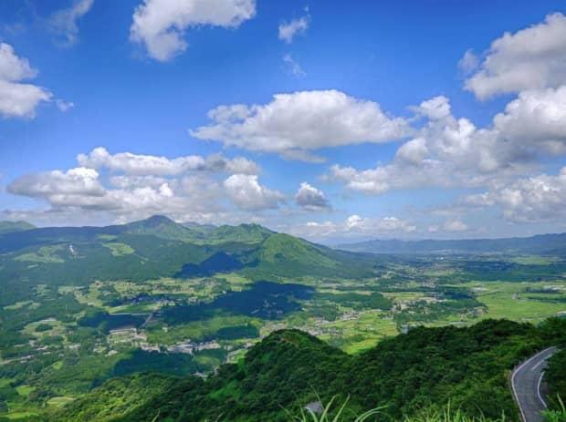 阿蘇観光の楽しみ方「阿蘇山、牧場、特急あそぼーい」