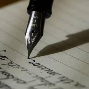 筆記具の歴史【毛筆、羽ペン、鉛筆、万年筆、ボールペン、シャーペン】