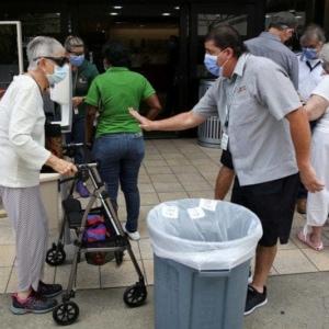 米、週間のコロナ新規感染25%急増