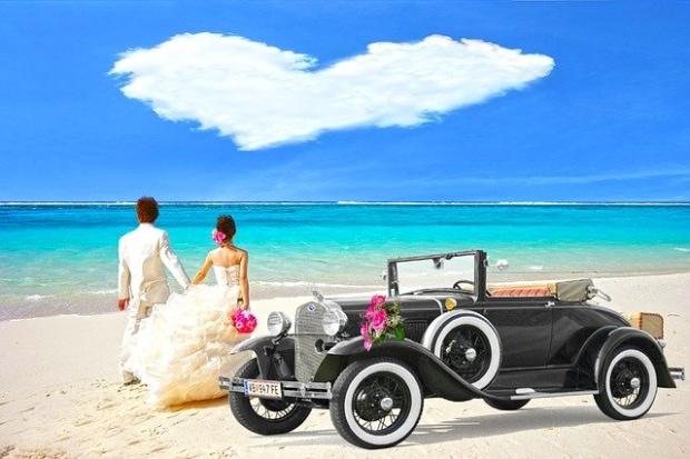 新婚旅行の歴史と現代事情【人気のハネムーン トップ10】