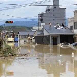 暴れ川、街をのむ 熊本県南部豪雨「これが本当に人吉か」